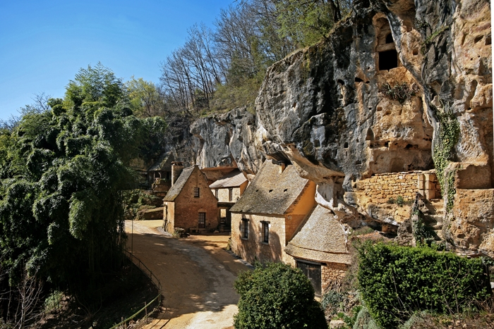 Grotte-sorcier