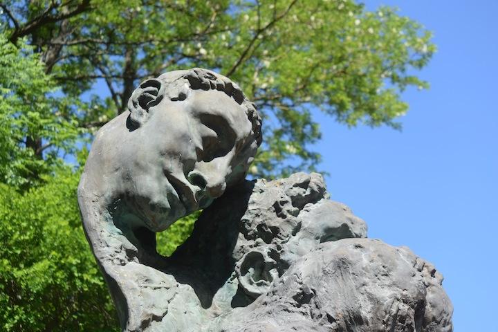 Capoulet-monument aux morts