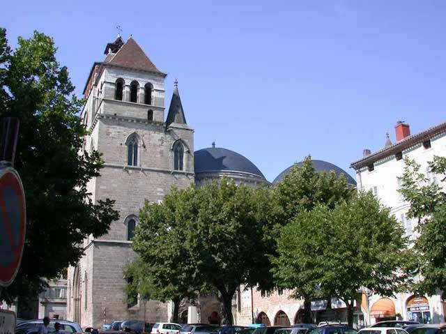 Cathédrale Cahors place Chapou