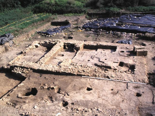 le temple du sanctuaire du GUé-de-Sciaux